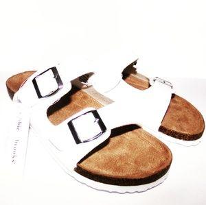 Bobbie brooks sandles